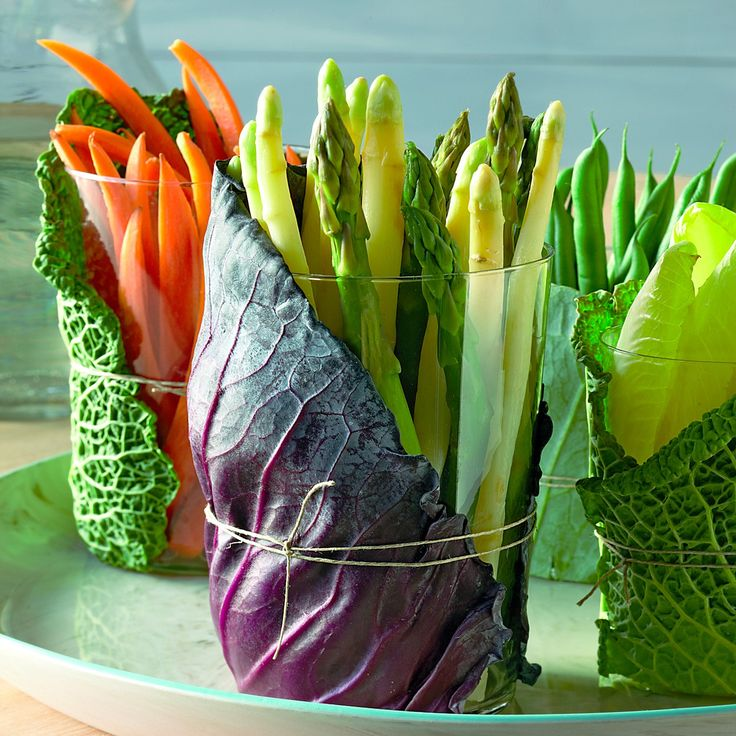 Mix leaves from different types of cabbage for a play of colors and textures on the table.