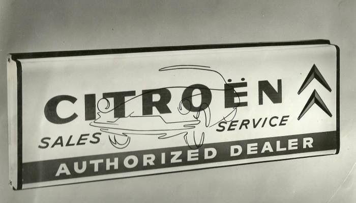 55 best images about citroen logo on pinterest art deco for Garage citroen blan
