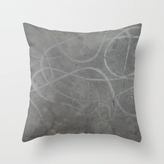 Graffit- inspired design in silver and grey.