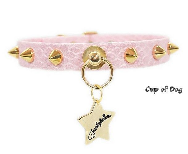 """Collier chien """"Funkylicious"""" Punk Snake rose https://www.cupofdog.fr/collier-harnais-chihuahua-petit-chien-xsl-243.html"""