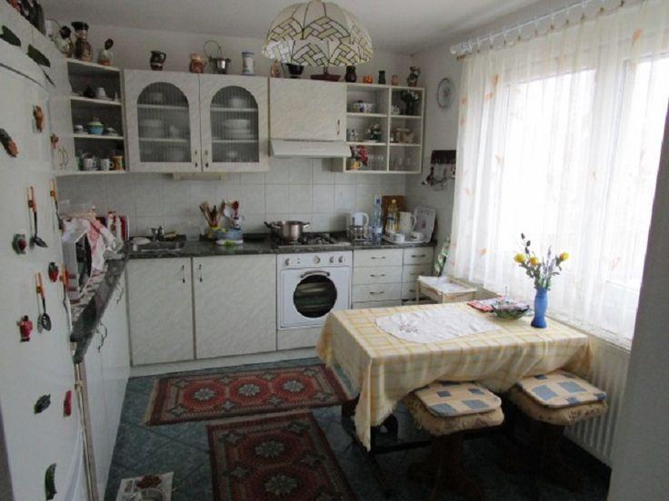 otthon ingatlanközvetítő
