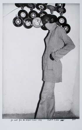 "Malick Sidibé, ""Je Suis Fan des Disques, 3 Nov. 1973 (I Am Crazy for Records)"