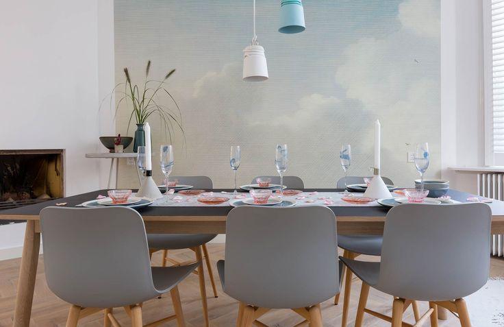 Gedekte eettafel bij Mirjam en Roeland uit aflevering 10, seizoen 5 | Weer verliefd op je huis | Make-over door: Frans Uyterlinde | Fotografie Barbara Kieboom