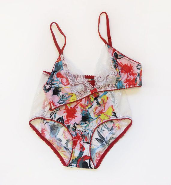 Print bralette and panties in floral red print by MariannaGiordana