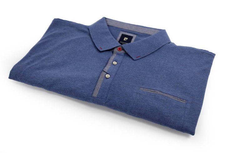 Koszulka polo Pierre Cardin w kolorze granatowym z kieszonką z przodu. Dla panów o dużych rozmiarach.  Rozmiary dostępne od 3XL do 8XL. Skład: 100% bawełna.