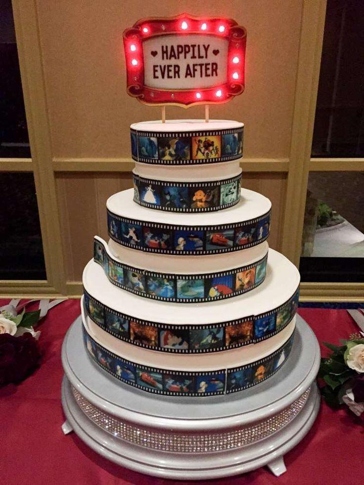 Decorazioni per il matrimonio a tema cinema - Torta multipiano a tema cinema