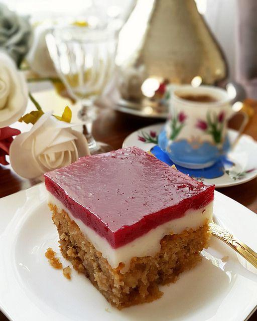 Bu güzel tatlı aslında Amerika'da Newyork'ta ünlü bir pastahanenin kendi adıyla ünlü pudingiymiş.Burada da Cook Shop adlı restorantt...