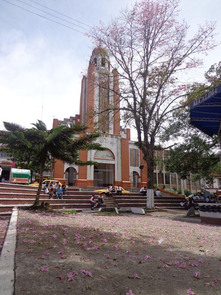 Fresno Tolima Nuestra Señora del Perpetuo Socorro Parque Principal