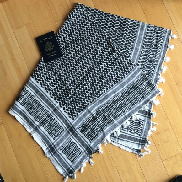 """Keffiyeh Shemagh Arabic Scarf Keffiyeh Shemagh Hamdaneyah Checkered Woven Arabic Scarf. A cotton/linen blend (probably.) world travel style accessory or square table runner. 40"""" x 40"""". Good used condition. Accessories Scarves & Wraps"""