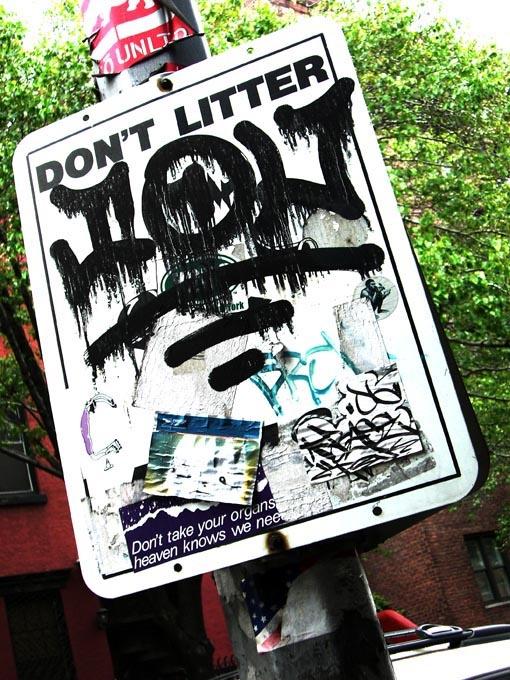 Dario Piacentini Photographer - Don't litter