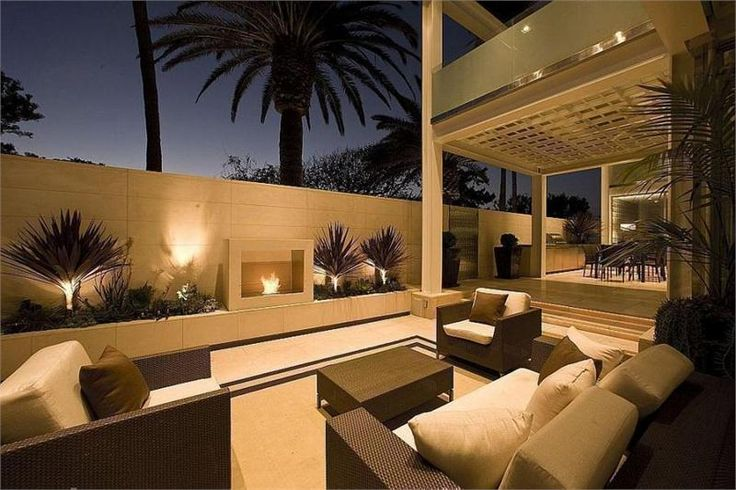 Romantic Contemporary Outdoors by Lisa Turner on HomePortfolio