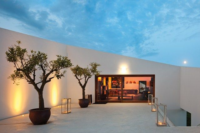 Modern take on a low- or no-maintenance patio or courtyard. Loving those angular lines! L'AND Vineyards Resort, Alentejo