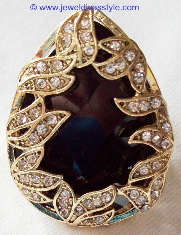 JDS - BLACK TEARDROP RING - http://jeweldivasstyle.com/my-personal-collection-black-jewellery-9/