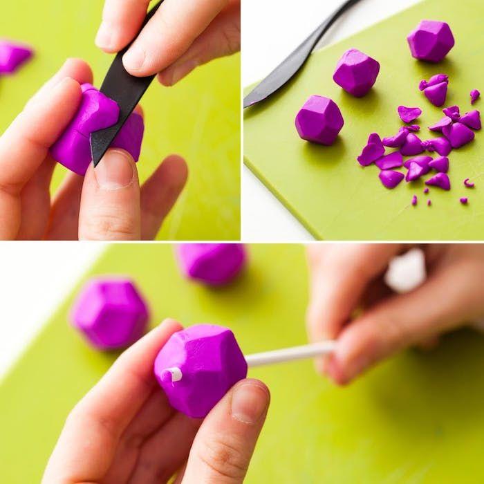 comment tailler les cubes en fimo pour fabriquer les pendentif, exemple création de pate fimo bijoux
