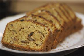 Deze koolhydraatarme notencake is perfect als tussendoortje binnen een koolhydraatarm dieet. Je kunt er lekker van snoepen zonder je schuldig te voelen.