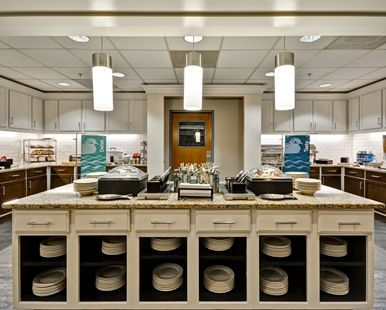Homewood Suites by Hilton Hillsboro/Beaverton Hotel, OR - Free Breakfast