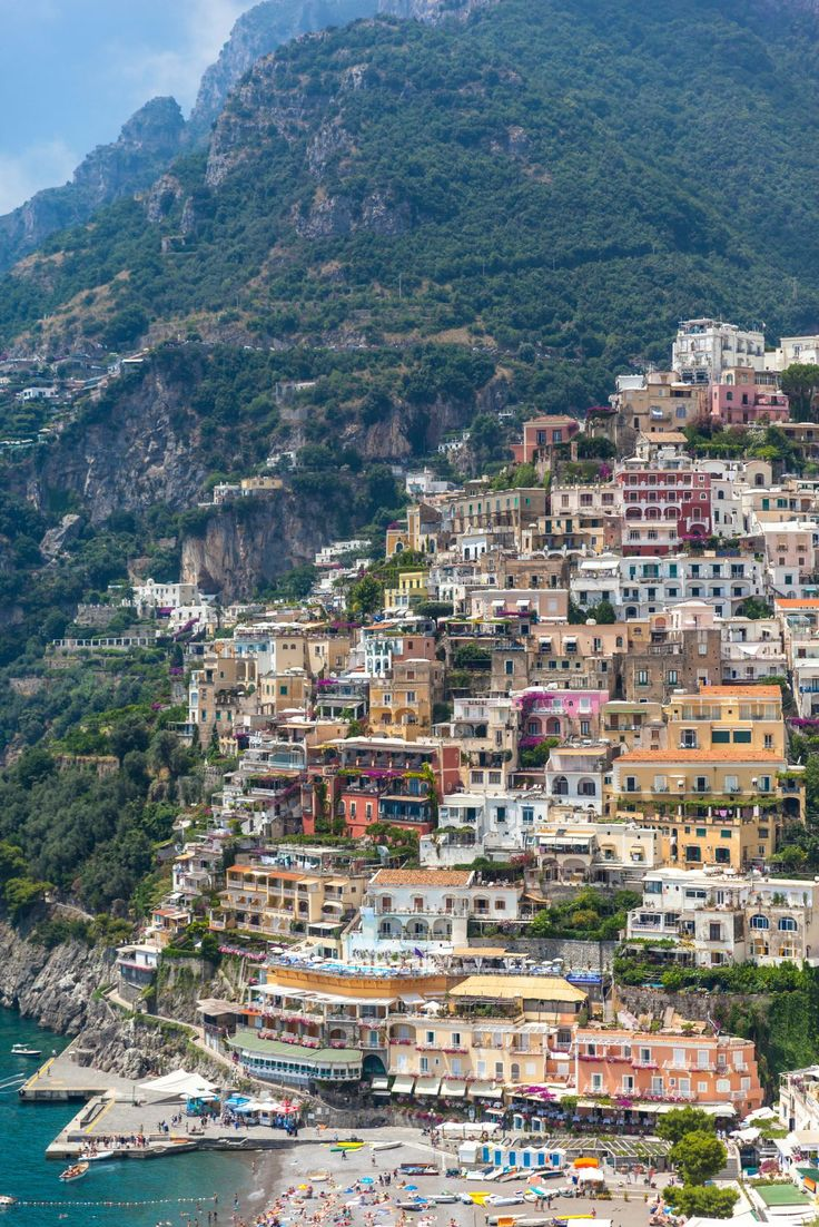 Positano, Italy on the Amalfi Coast - If Paradise had to pick a destination I can almost guarantee you that it would be here! Located a couple of hours south of Rome and perched along the cliffs of Southern Italy, it's the perfect place for an Italian seaside vacation.