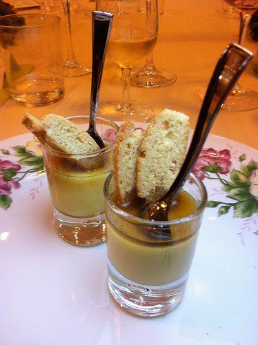 Crema alla violetta con sciroppo alla liquirizia e biscottino croccante - Cocofungo 2012 Da Gigetto 22 ottobre