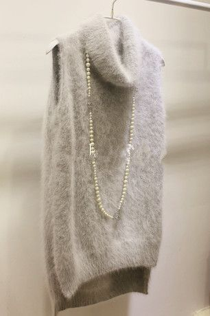 Custom- tailored hedging long-haired mink sweaters sleeveless vest with high collar side slit mink hair coat vest waistcoat