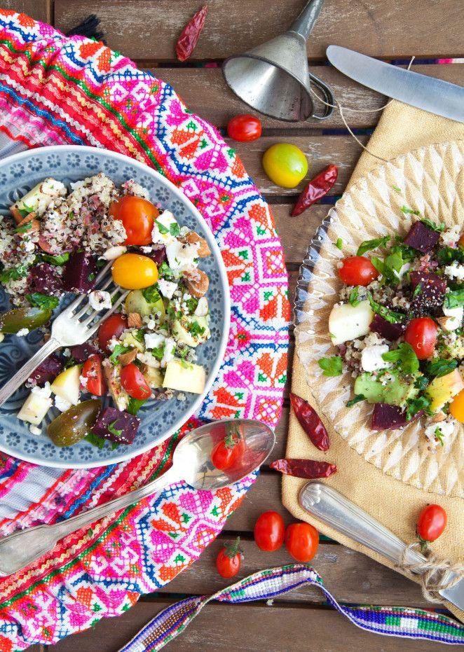 Bunter Powersalat mit Quinoa, Avocado & Feta   foodtasticfoodtastic