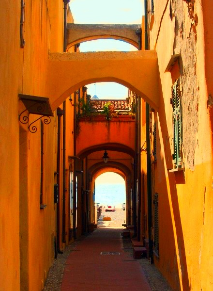 Heading to the beach in Varigotti. More @ http://www.my-italy-piedmont-marche-and-more.com/best-beaches-in-liguria.html