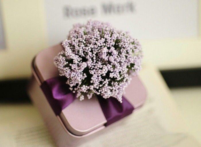 beautiful lavender wedding favor candy box #favors #weddingfavors #favorsideas #weddinginspiration #lebaneseweddings
