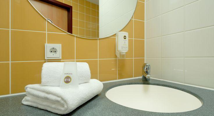 Badezimmer im B&B Hotel Mainz-Hechtsheim