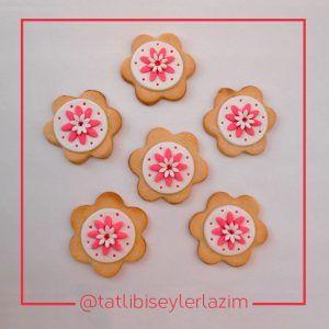 Ürünlerimizden Fotoğraflar | Tatlı Bi' Şeyler Lazım #kurabiye #cookie #fondant #gumpaste #fondantflowers