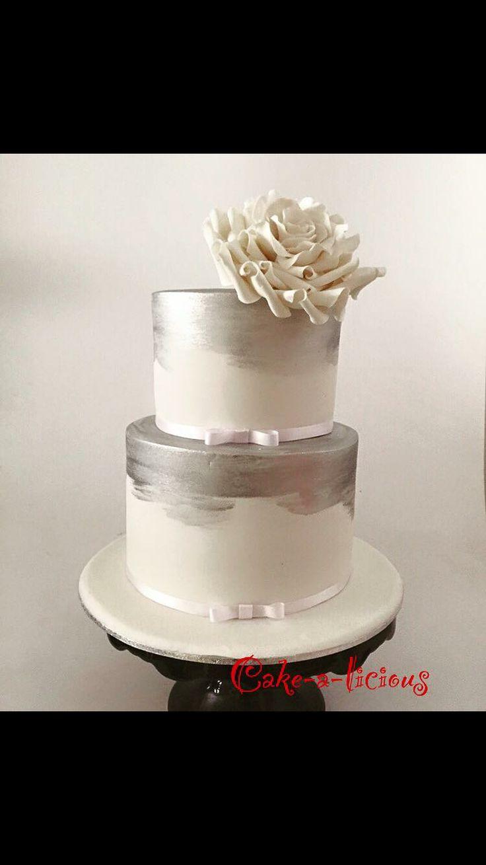 #cakealicious #weddingcake #silvercakes #cakeswithroses