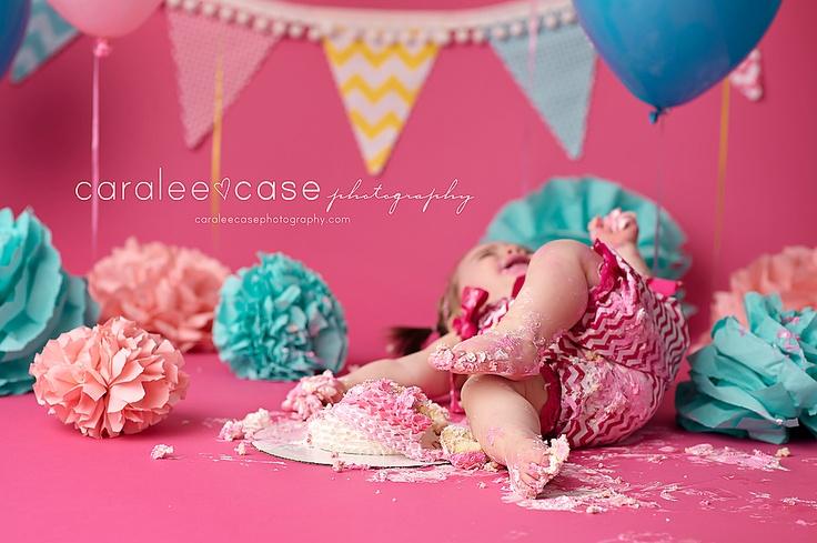 Eating cake is HARD WORK!!!  Just ask Brooklyn...  www.caraleecasephotography.com  #cakesmash #birthday #caraleecasephotography