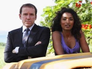 Sara Mantins and Ben Miller in 'Death in Paradise'