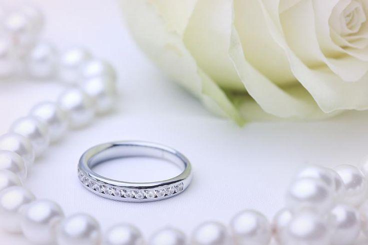 Verigheta/ inel eternity cu diamante aur alb 18kt - RDW080W pe https://www.royaldiamante.ro