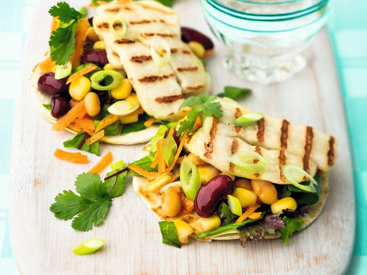 Halloumi, Carrot & Bean Tacos | Lunch: Keep hunger pangs away with these healthy and delicious dishes! 150 calories and under. Lose weight the 5:2 way. This healthy, quick and easy recipe is featured in the lunch section of the new 5:2 Starter's Guide to The 2-Day Diet. The book provides a selection of over 100 tasty recipes that meet the daily 500 calorie allotment for the 2 days of intermittent fasting, as required by the 5:2 Diet.