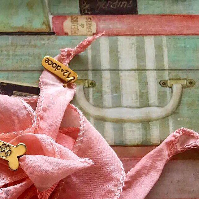 """En agradecimiento a todos por su apoyo y porque todos tenemos un amigo de cuatro patas  que nos vuelve locos, tenemos un regalo de nuestra nueva colección """"Recuerdos de mi mejor amigo""""   Ve a nuestra cuenta en Instagram (https://www.instagram.com/12punto12/?hl=en) para saber como participar  Solo valido para Instagram  El ganador será aununciado el día lunes 27 de febrero!!  ✨ #jewelry #jewelrydesign #hechoamano #hechoenmexico #consumelocal #compramexicano #diseñomexicano"""