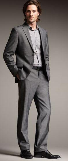 Grey suit  灰色