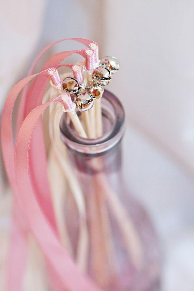 Glückstäbe für die Hochzeit // wedding wands via DaWanda.com