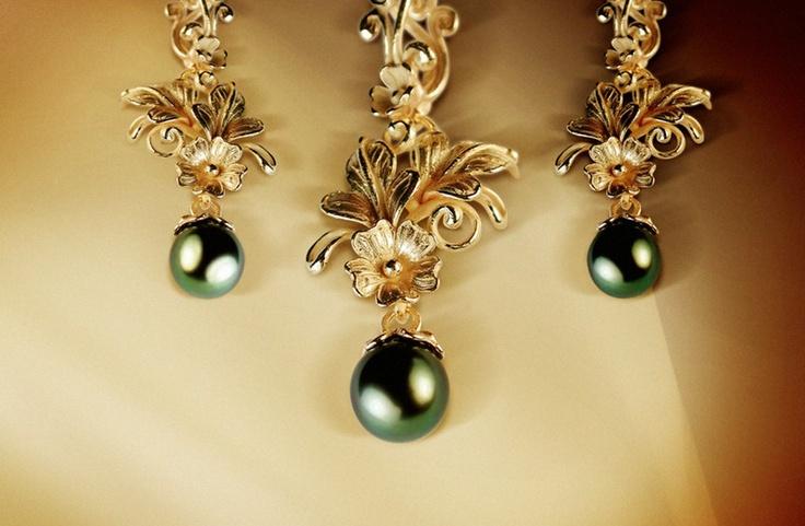 """Parure perle tahiti stile floreale """"Fiori di OroZecchino gioielli"""""""