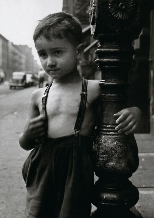 Boy in New York City, 1948, photo byEsther Bubley
