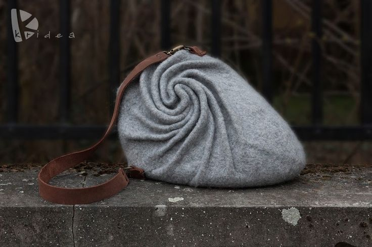 "WOOLEN BAG ""Dynamic"""