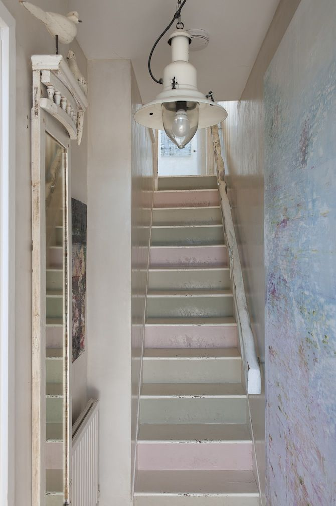 Best Stairs Shabby Cottage And Cottages On Pinterest 400 x 300