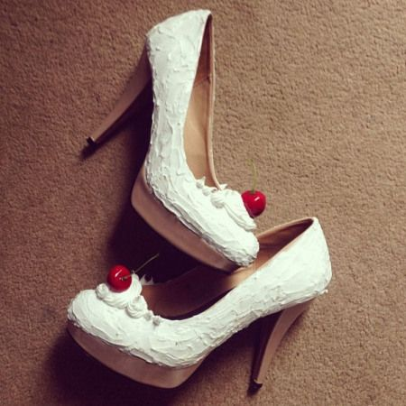 DIY Ice cream sundae shoes - This is some serious genius from Miss Amy May