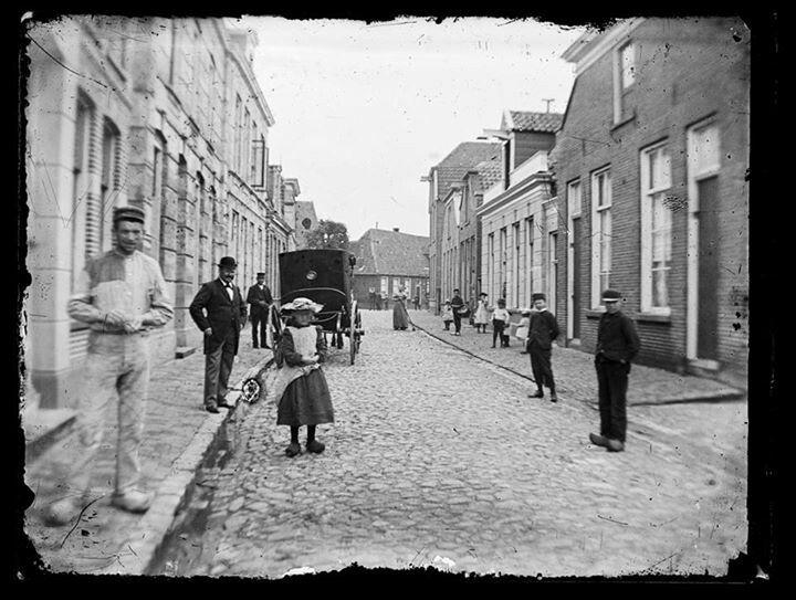Enschede, omstreeks 1910. Ongeveer waar nu Van Heekplein/Boulevard, V is.
