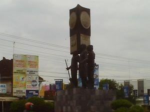 Selama enam kali berturut-turut Kabupaten Pati berhasil meraih Penghargaan Tertinggi Adipura sebagai kategori Kota Kecil Terbersih di Indonesia.