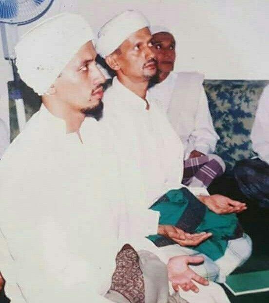 Habib Taufiq bin Abdulqodir Assegaf dan kakak beliau Habib Abdulloh bin Abdulqodir Assegaf