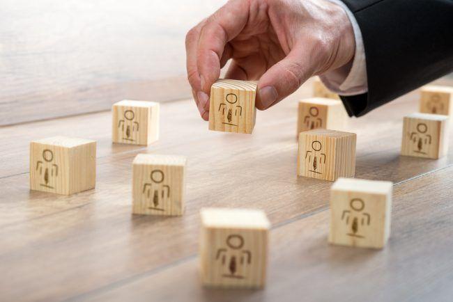 Unternehmen und Personaler stehen vor der Aufgabe, die bestmöglichen Kandidaten für offene Stellen zu finden. Die Eignungsdiagnostik kann dabei helfen...  http://karrierebibel.de/eignungsdiagnostik-psychologische-personalauswahl/