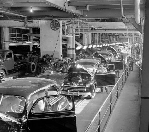 an introduction to the analysis of the picture of the river rouge assembly plant in dearborn Ford rouge factory tour: incredible view of modern manufacturing - see 734 traveler reviews, 240 candid photos, and great deals for dearborn, mi, at tripadvisor.