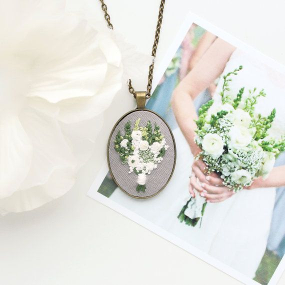 Wedding Portrait. Gift for Mom From by ohmyheartembroidery on Etsy