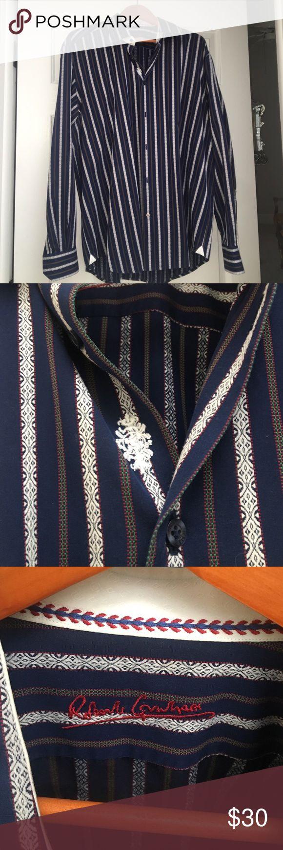 Men's Robert Graham shirt Only worn a handful of times men's Robert Graham button down shirt no stains, no snags, no rips Robert Graham Shirts Casual Button Down Shirts