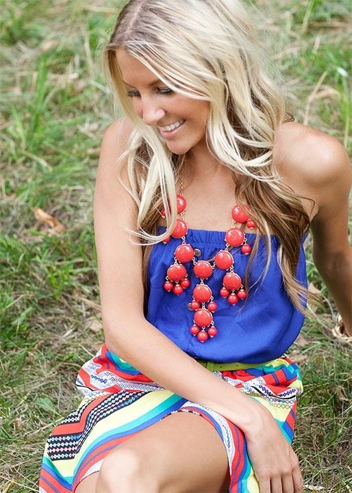 pretty dress & red bubble necklace