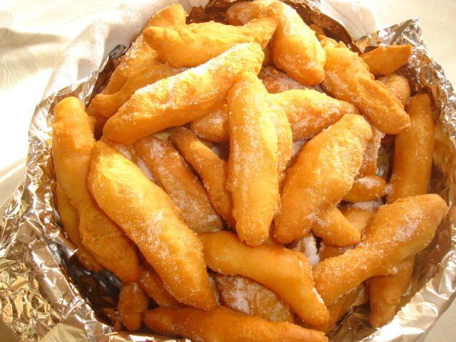 Les schenkele de ma Grand-Mère ...beignets de carnaval alsaciens ou